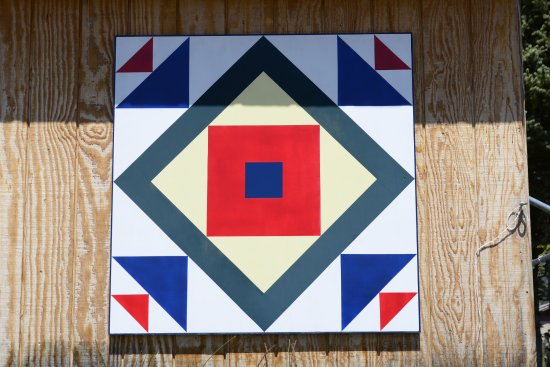 Quilt symbol for Foxfire at Alpine, AZ.