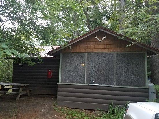 LAKE VANARE CABINS & LODGE - Campground Reviews (Lake