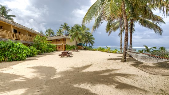 Sanctuary Rarotonga-on the beach: Beach in front of the 600 Block
