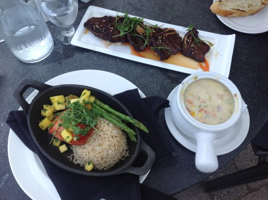 Table Nineteen Lakeside Eatery: Korean ribs, grilled salmon and salmon clam chowder