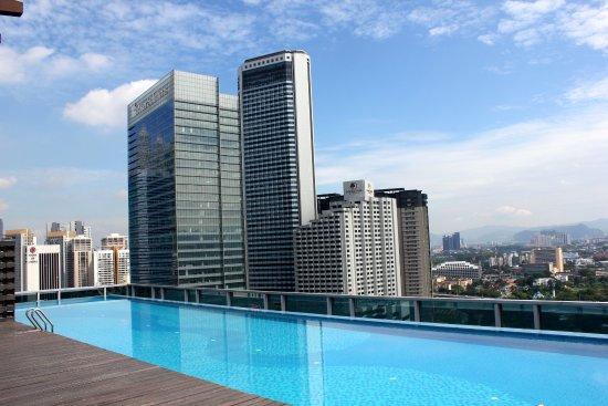 Somerset Ampang Kuala Lumpur: The roof top pool