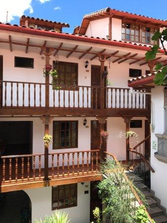 Hotel Rumi Punku: beautiful indoor courtyard