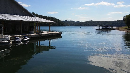 Allons, TN: Willow Grove Resort