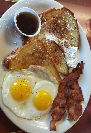 Antioch, IL: French toast special under $6 bucks!