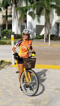 Rent the Bicycle : Nancy, our amazing guide.