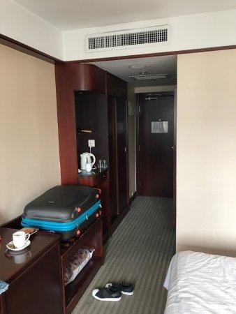 Jade Garden Hotel: photo1.jpg