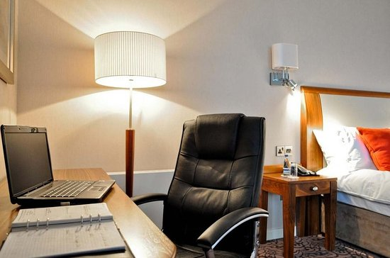 Salthill Hotel: Classic Single Room