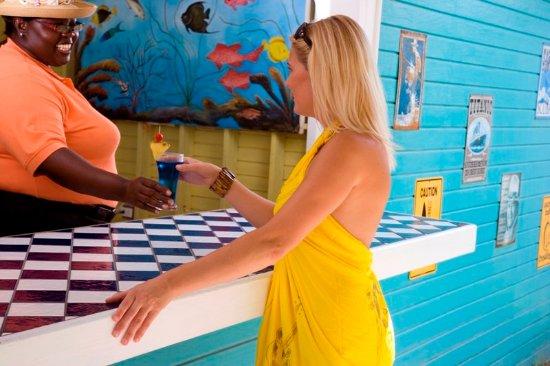Saint Philips, Antigua: Poolside Bar