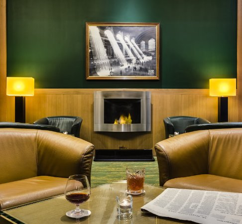 InterContinental Hotel Warsaw: Bar and Lounge