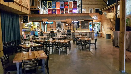 Nantahala Brewing Company Taproom, Smokehouse & Brewery