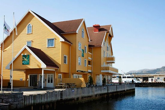 Floro, النرويج: Exterior