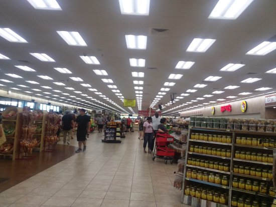 Giddings, TX: Buc-ee's aisles 1