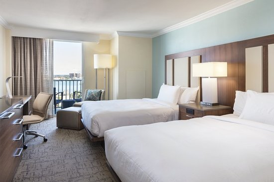 clearwater beach chat rooms Larger two-room suite, private balcony, beach view, living area, sofa bed take in views of clearwater beach from your private balcony in this larger two-room suite featuring a separate.