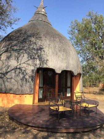 Hoyo-Hoyo Safari Lodge: photo1.jpg