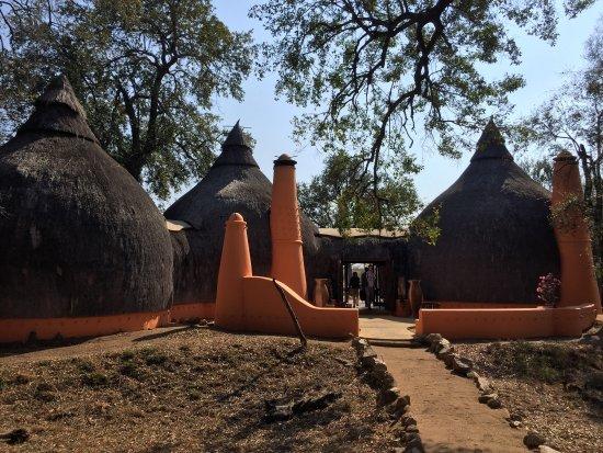 Hoyo-Hoyo Safari Lodge: photo2.jpg