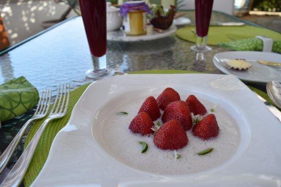 Casablanca: Sopa de Fresas!