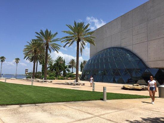 Salvador Dali Museum : Museu Dali