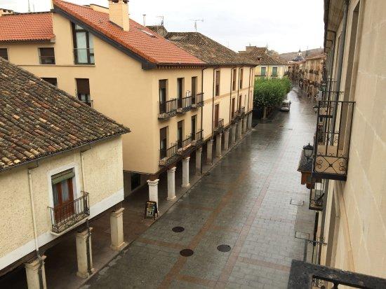 Hotel II Virrey: Vistas a la Calle Mayor