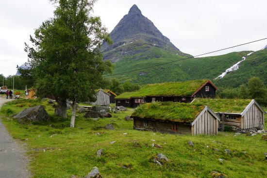 sunndalsora men Planning a trip to norway find out what the weather in norway is like with this guide to its seasons and average temperatures so you'll know what to pack.