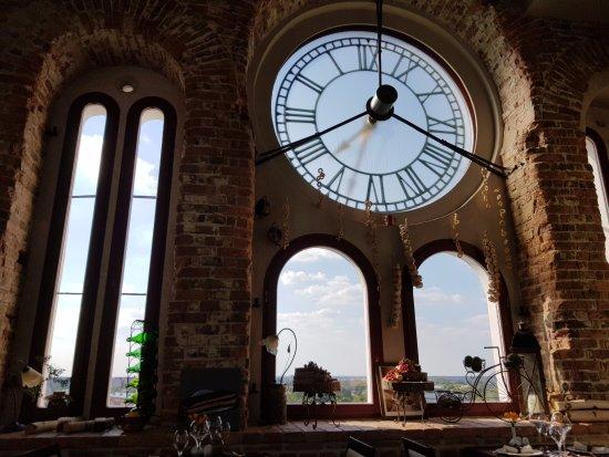 La Tour de Marie: Зал ресторана