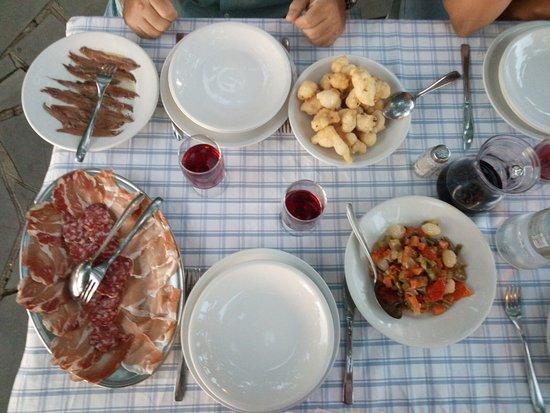 Ristorante Trattoria Pagliettini In Genova Con Cucina
