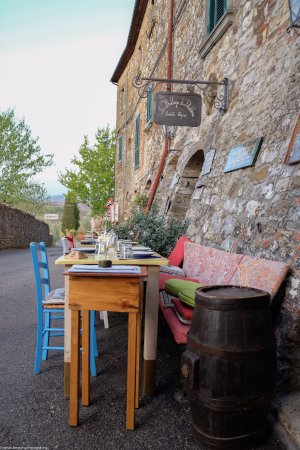La Bottega di Duddova: Down the street - tables now reserved for later diners