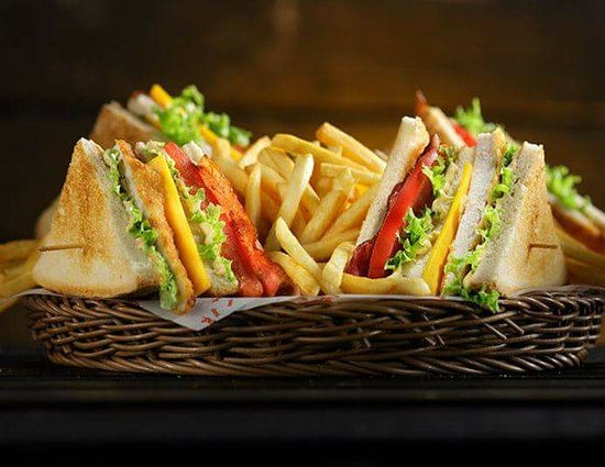 Coco Cafe Restaurant: the classic club sandwich
