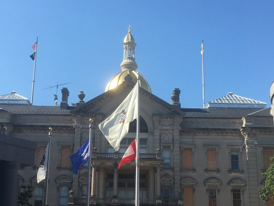 NJ State House in Trenton, being refurbished (Aug 17)