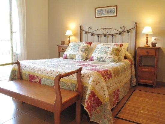 Soto de Luina, Spanien: Habitación cama matrimonial