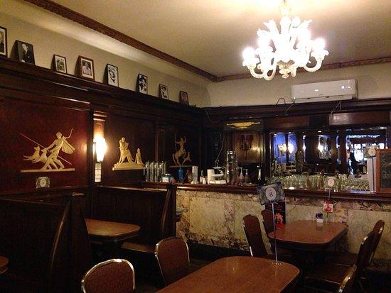 Paragon Restaurant: photo3.jpg