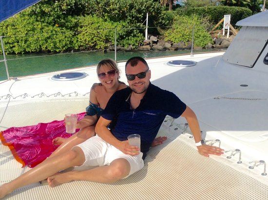 Jolly Harbour, Antigua: Relaxing with a G&T