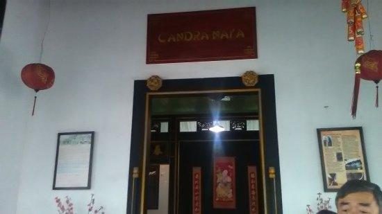 Candra Naya Building: Tampak Depan Candra Naya