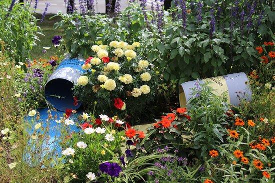 les jardins du chateau de bressuire sur le thème des couleurs