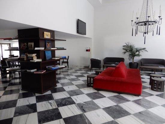 Acropolis Hill Hotel: hall d'accueil