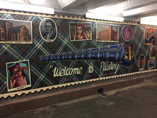 The gorgeous new mural on the passenger concourse to support Paisley's bid for 2021 City of Cult