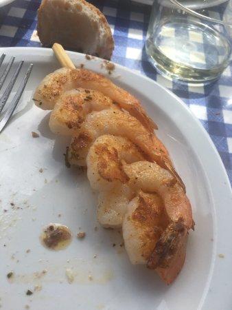 Buen restaurante con pescado fresco