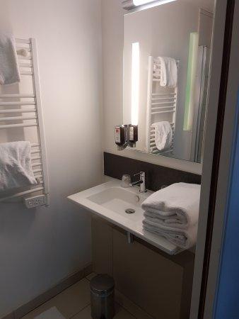 Hotel LR La Rochelle: 20170818_184708_large.jpg