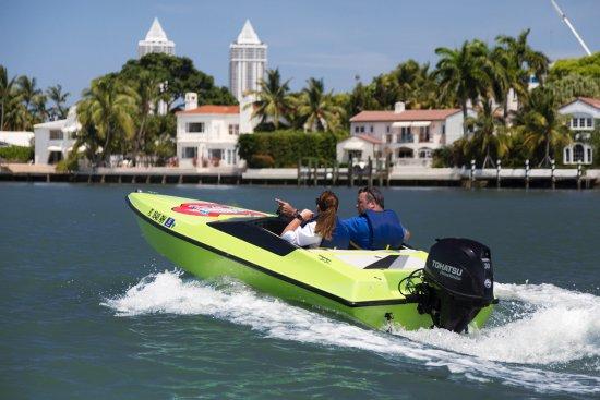 North Bay Village, FL: SPEED BOAT ADEVNTURES TOUR