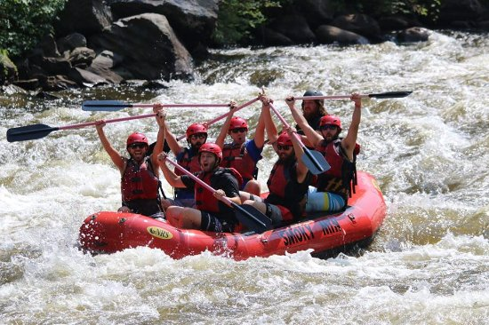 Smoky Mountain Outdoors : Class 4 rapid at the start REALLY gets things going!