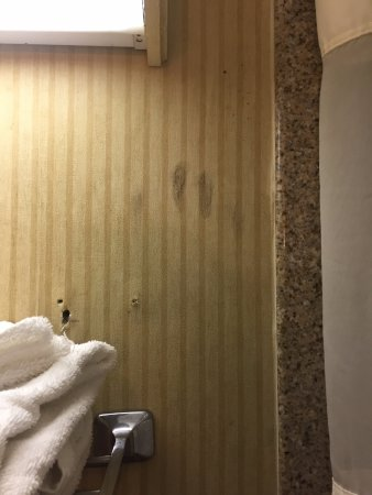 East Windsor, Κονέκτικατ: The black handprint on the wall is the stuff of horror films