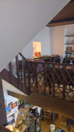 Banon, Fransa: la salle du haut, la photo est un floue