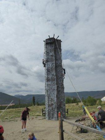 Snow Mountain Ranch: Climbing wall
