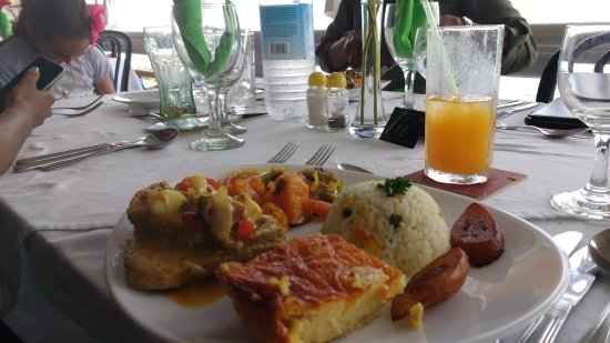 Evergreen Hotel: The one meal