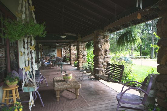 Keezletown, VA: tranquil setting to sit with a cup of coffee or tea and have great conversation or sit in silenc