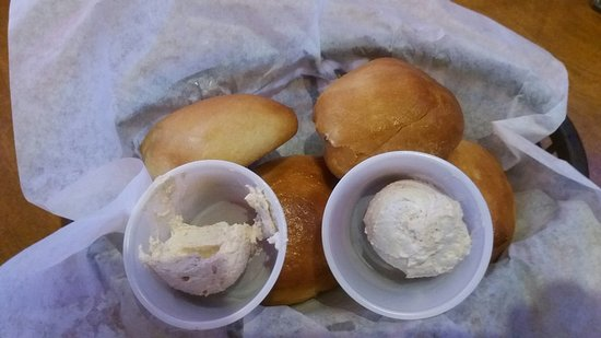 Janesville, WI: Fresh dinner rolls