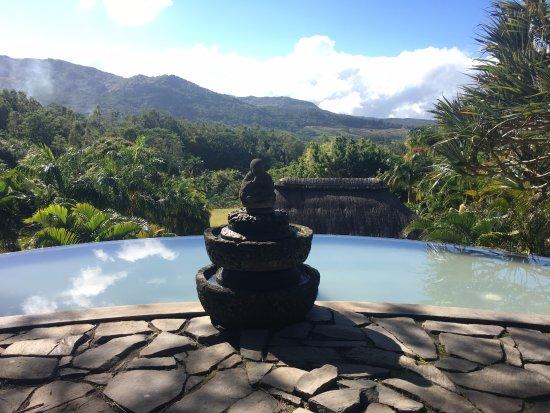 Lakaz Chamarel Exclusive Lodge: Quiet, peaceful grounds