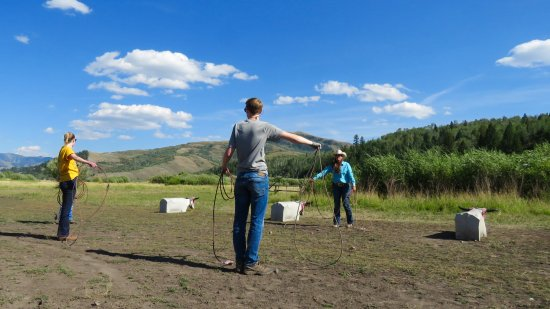 Introduction To Rodeo: Learning how to rope