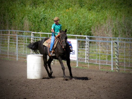 Introduction To Rodeo: Cole on the barrels