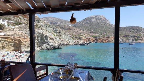 Agkali, กรีซ: vistas desde las mesas