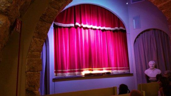Teatro dei Pupi: teatro